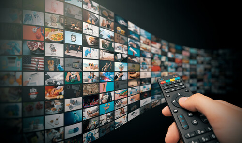remote control pointing at multiple screens for streaming